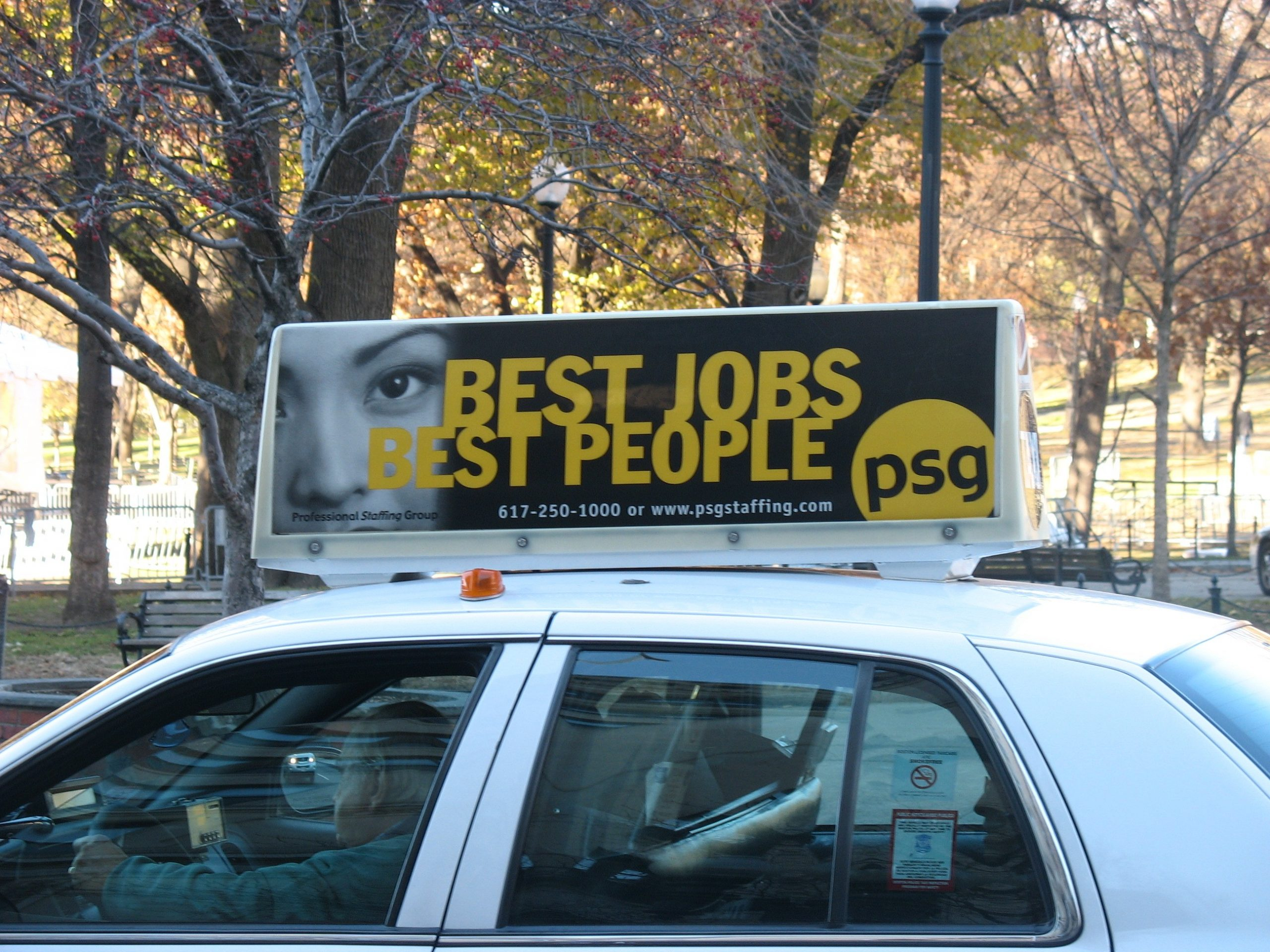 """Taxi Top Advertising in most major U.S. cities – Why it """"Works"""""""